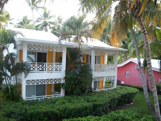 Hotel Riu Naiboa: 4 rooms per building!