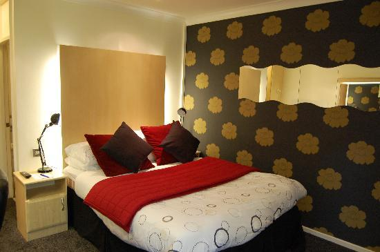 Whitehall Hotel: Bedroom
