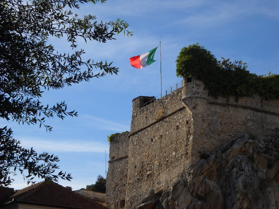 Pietra Ligure, İtalya: Il castello