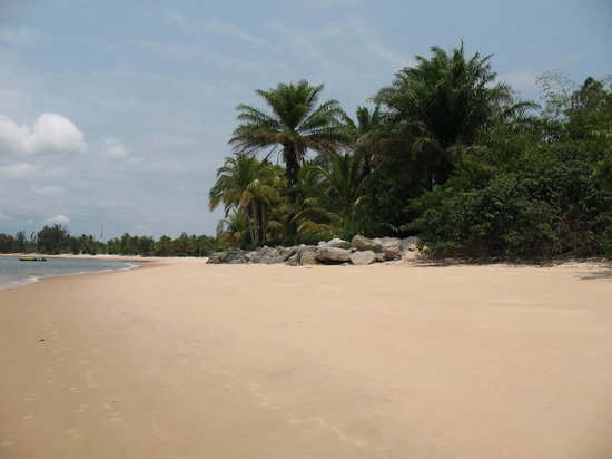 Libreville, Gabon : Pointe Denis Beach
