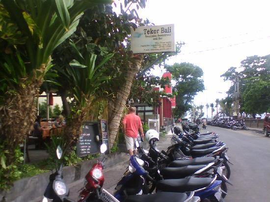 Tekor Bali: Tekor off street