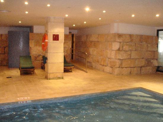 Viva Rey Don Jaime Hotel: Piscina cubierta