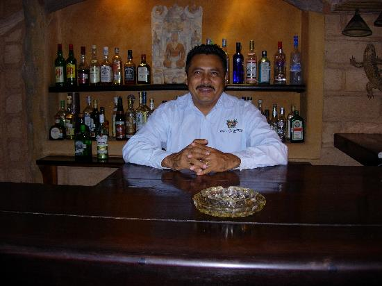 Casa Cuitlateca: Alfredo