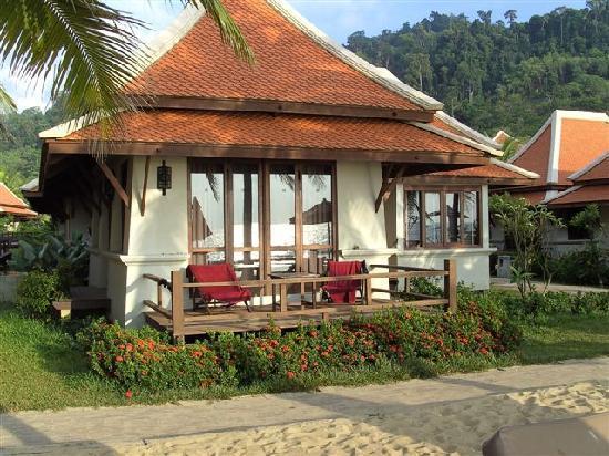 Khaolak Laguna Resort: bungalow plage