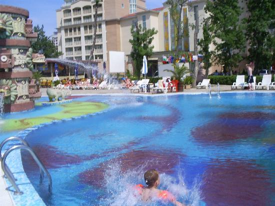 Kuban: pool great for kids