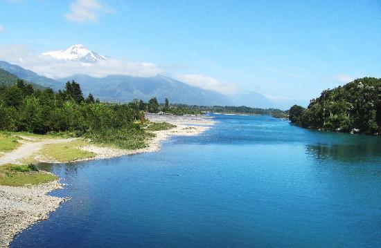 Foto de Casa Kalfu, Puerto Varas: Muchos rios y lagos... - TripAdvisor