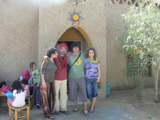 Kasbah Sable D'or: Shukran Rachid et Isabelle