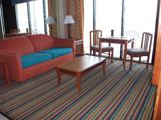 Beach Quarters Resort: living room
