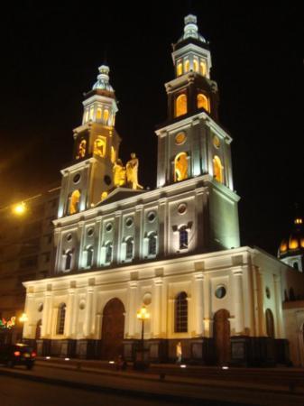 Bucaramanga, Colombia: IGLESIA LA SAGRADA FAMILIA