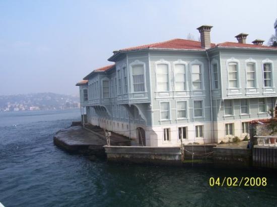 Bosphorus Cruise: Casa del lado asiático.
