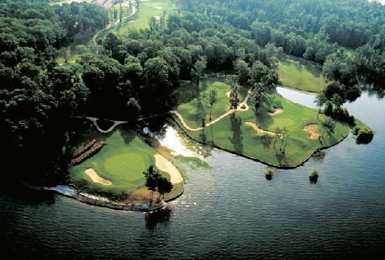Cypress Bend Resort, BW Premier Collection: Ariel view of Cypress Bend Golf Course