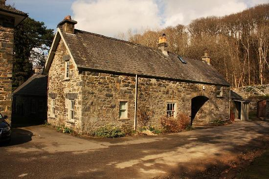 Ffin y Parc Gallery: Our cottage - to left of arch