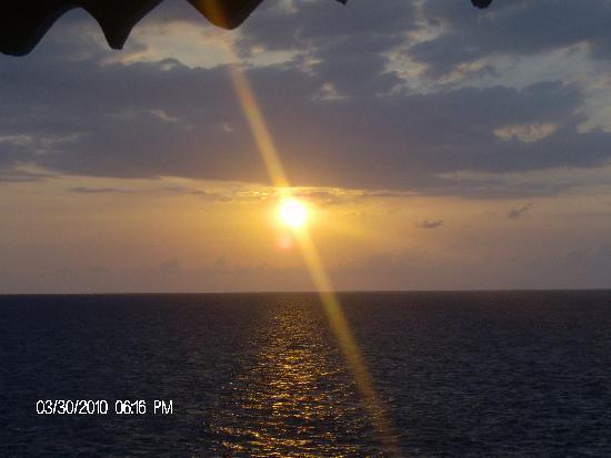 Samsara Cliffs Resort: the sunset from our room