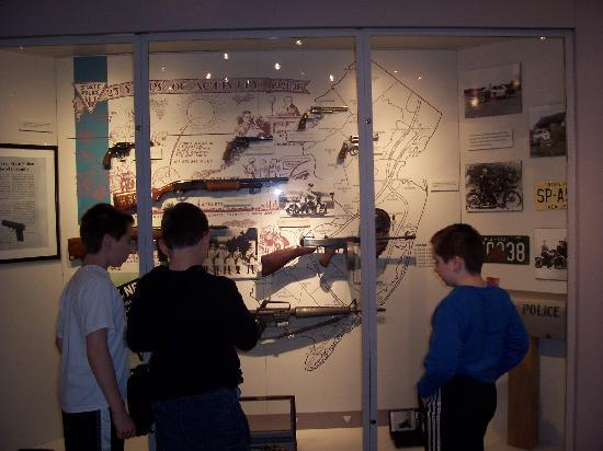 an overview of the new jersey state police museum First to review when i was a child i went to the new jersey state police  museum, and a recent monday i decided to check it out again the museum is  located.