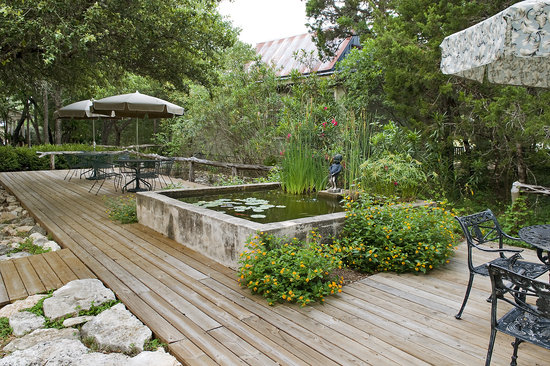 Wimberley Inn: Inviting Setting