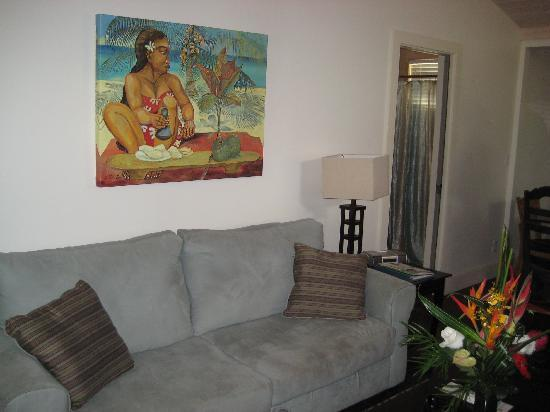 Paia, HI: Comfty Living Room
