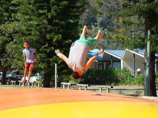 NRMA Ocean Beach Holiday Park: Jumping pillows