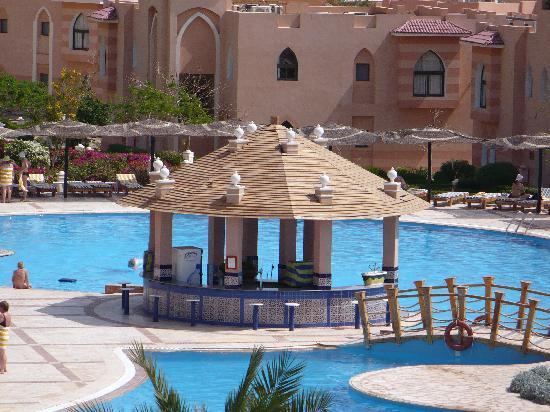 Morgana Beach Resort : pool