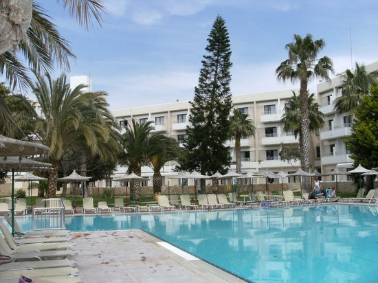 Louis Phaethon Beach: The hotel from poolside