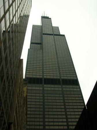 Skydeck Chicago - Willis Tower: The former Sears Tower (now the Willis Tower)
