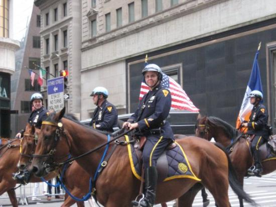 Fifth Avenue: NYPD