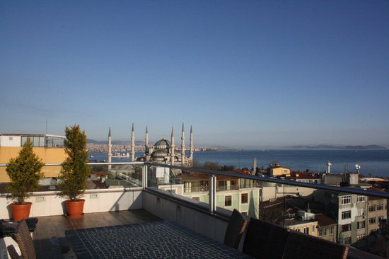 Hotel Mina: Panorama dalla terrazza del Mina Hotel.