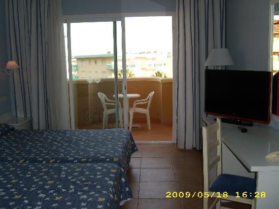 Gran Hotel La Hacienda: room