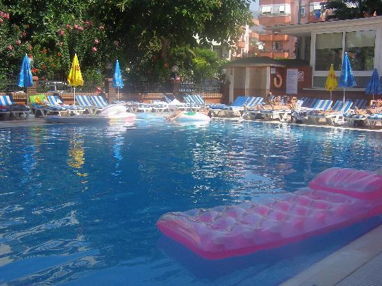 Riviera Hotel & SPA: HTL Riviera pool
