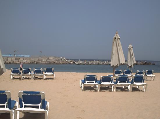 Mediterranean Azur Hotel: la plage privée