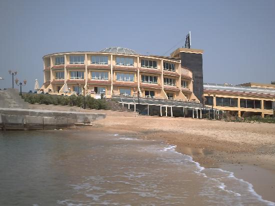 Mediterranean Azur Hotel: le restaurant de l'hôtel