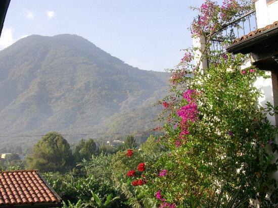 San Pedro La Laguna, Гватемала: Vue à partir de la cour intérieure de l'hôtel