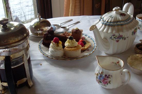 Sharrow Bay: tea