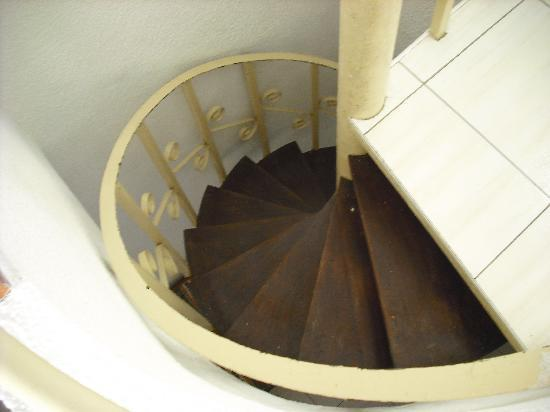 Bungalows Barranco: Spiral Staircase - Lethal!