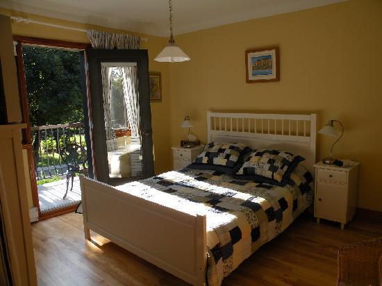 Cotecroissant: soleil bedroom