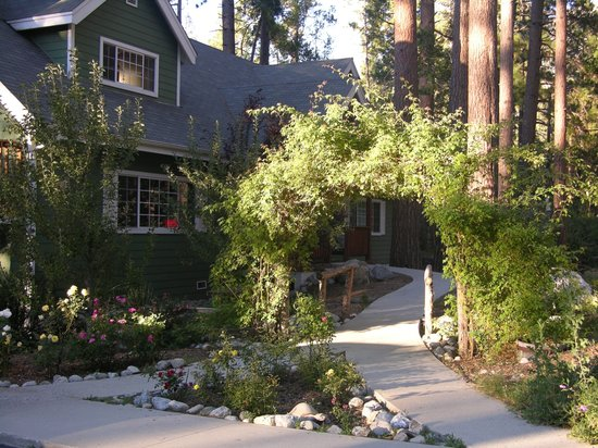 Rainbow Inn Bed & Breakfast: Rainbow Inn, Idyllwild California