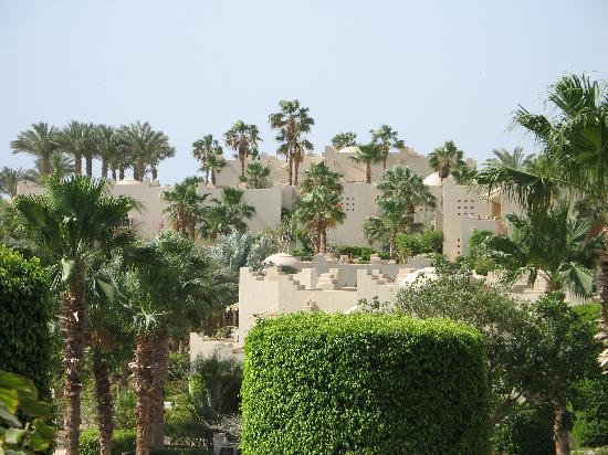 Four Seasons Resort Sharm El Sheikh: Another view of the hotel