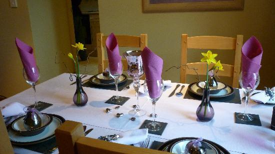 Blakelow Farm Holiday Cottages: ready laid table