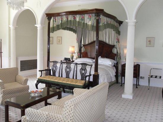 Hassop Hall Hotel: Room 17 - Beautiful!