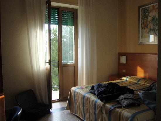 Hotel Moderno : La camera con balcone