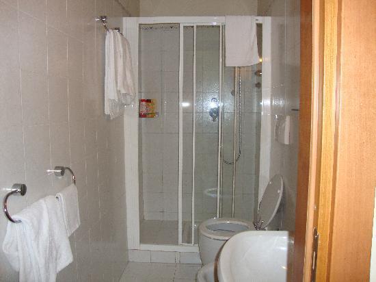 Hotel Moderno : Il bagno