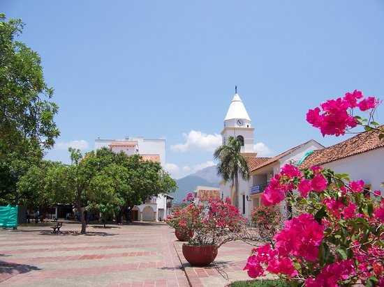 Valledupar, Colombie : Plaza Allfonso Lòpez