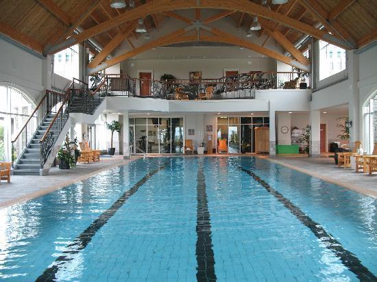 Fox Harb'r Resort: Fox Harb'r Pool & Spa
