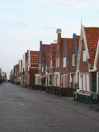 Volendam street