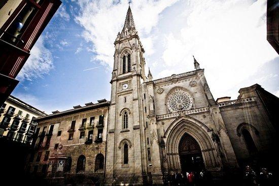 Znalezione obrazy dla zapytania catedral de santiago bilbao