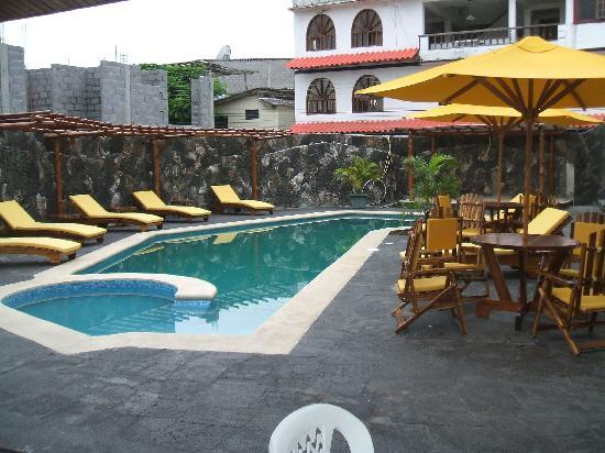 Hotel Ninfa: La Piscina del Hotel