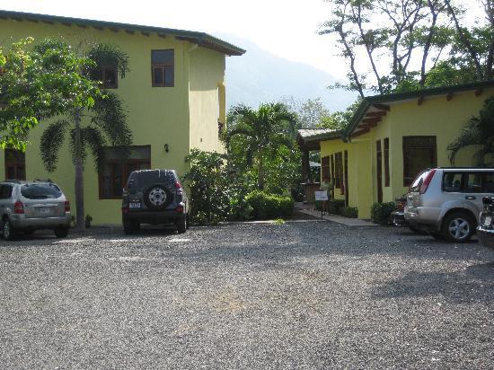 Club del Cielo Condo  Parking.JPG