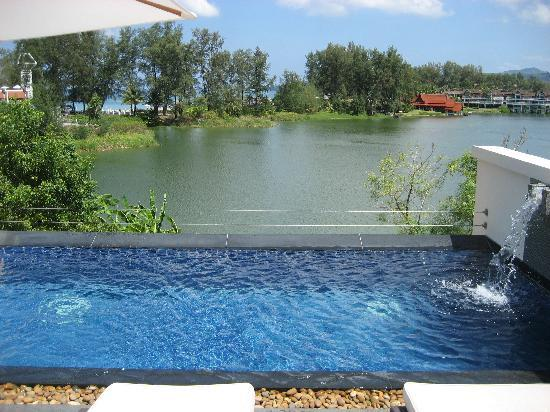 Dusit Thani Laguna Phuket: villa pool