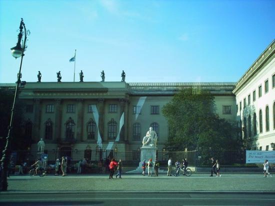 Humboldt University (Humboldt Universitat) Photo
