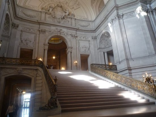 ‪San Francisco City Hall‬
