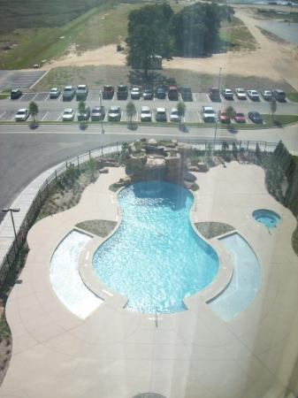 WinStar World Casino Hotel: the pool in the morning